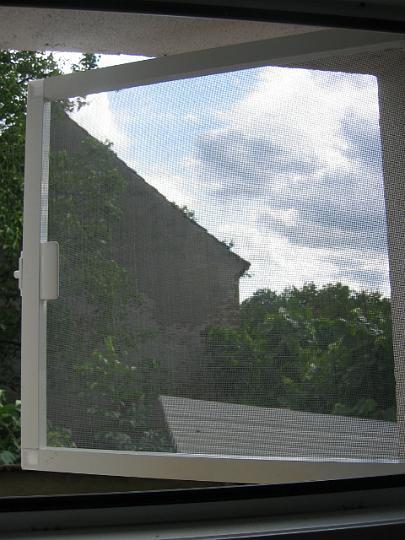 Amenajari interioare bucuresti, rulouri geamuri termopane